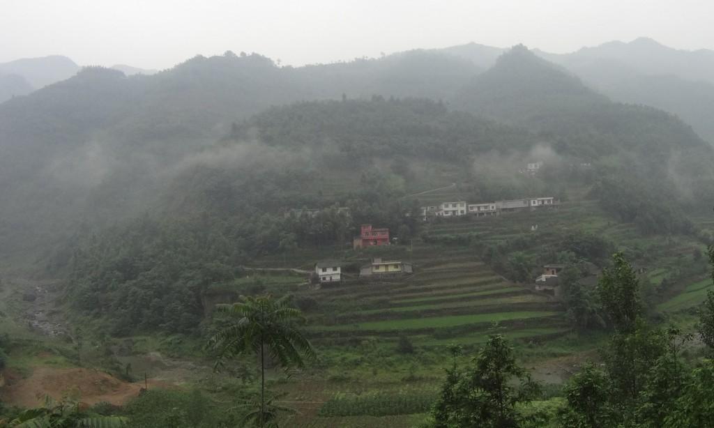 Vue campagne village Emeishan
