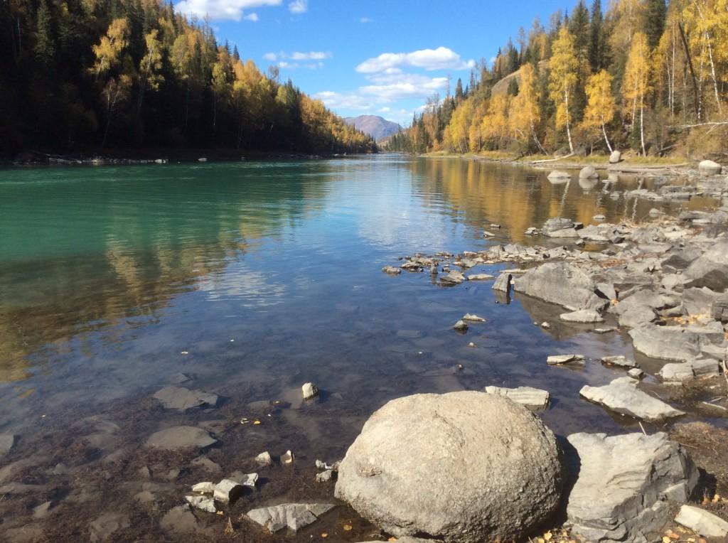 Rivière lac Kanas